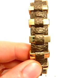Jewelry - Metallic leather gold bracelet